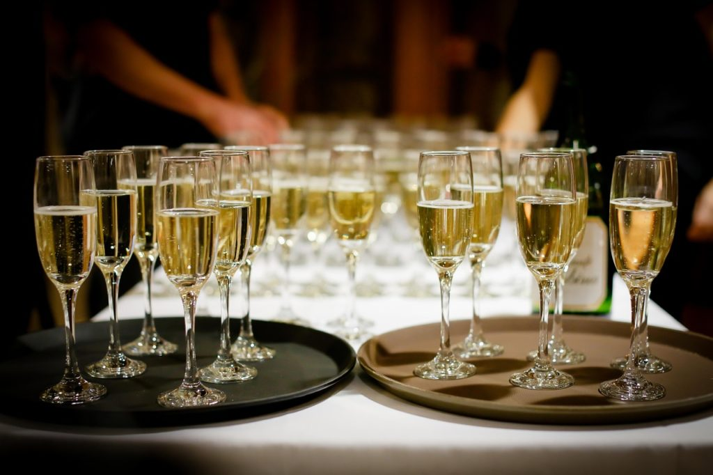 budget vin champagne mariage